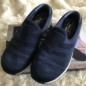 NEW IN BOX Skechers 'Knitastic' open back shoes